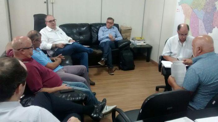 20180411-reuniao-negociacao-campanha-salarial-sindservmaua-foto-por-marcelo-orfao-001
