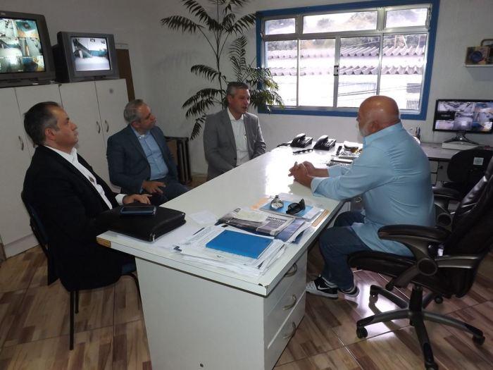 20200212_visita-representantes-bradesco_foto-por-lucas-miranda_003 - 1072x804